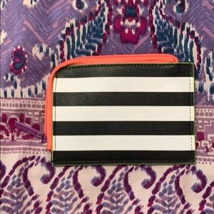 Sephora faux leather zippered card case